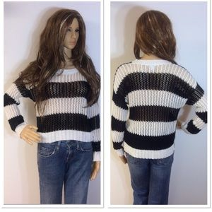 🎉HP🎉DELIA*S OPEN KNIT HIGH/LOW SWEATER